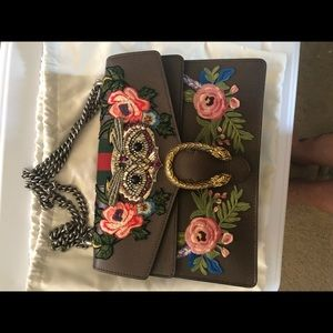 Gucci Embellished Owl Medium Dionysus Shoulder Bag